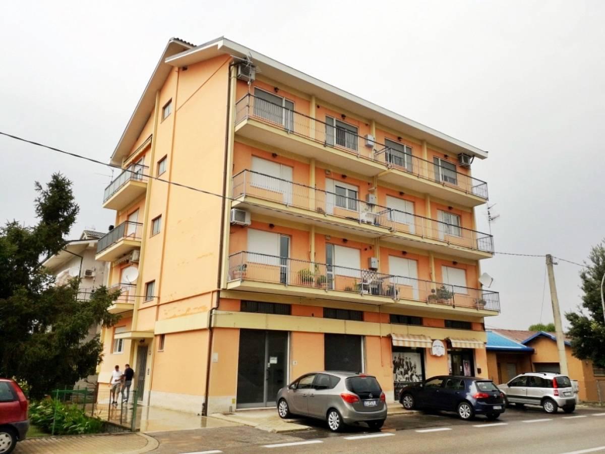 Appartamento in vendita in via aterno zona Scalo Brecciarola a Chieti - 6862604 foto 1