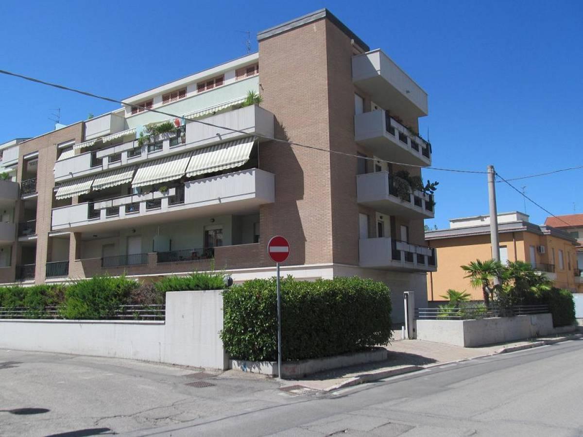 Appartamento in vendita in Via Tirino  a Pescara - 8753680 foto 1