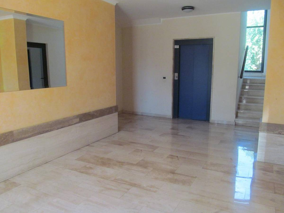 Appartamento in vendita in Via Tirino  a Pescara - 8753680 foto 3