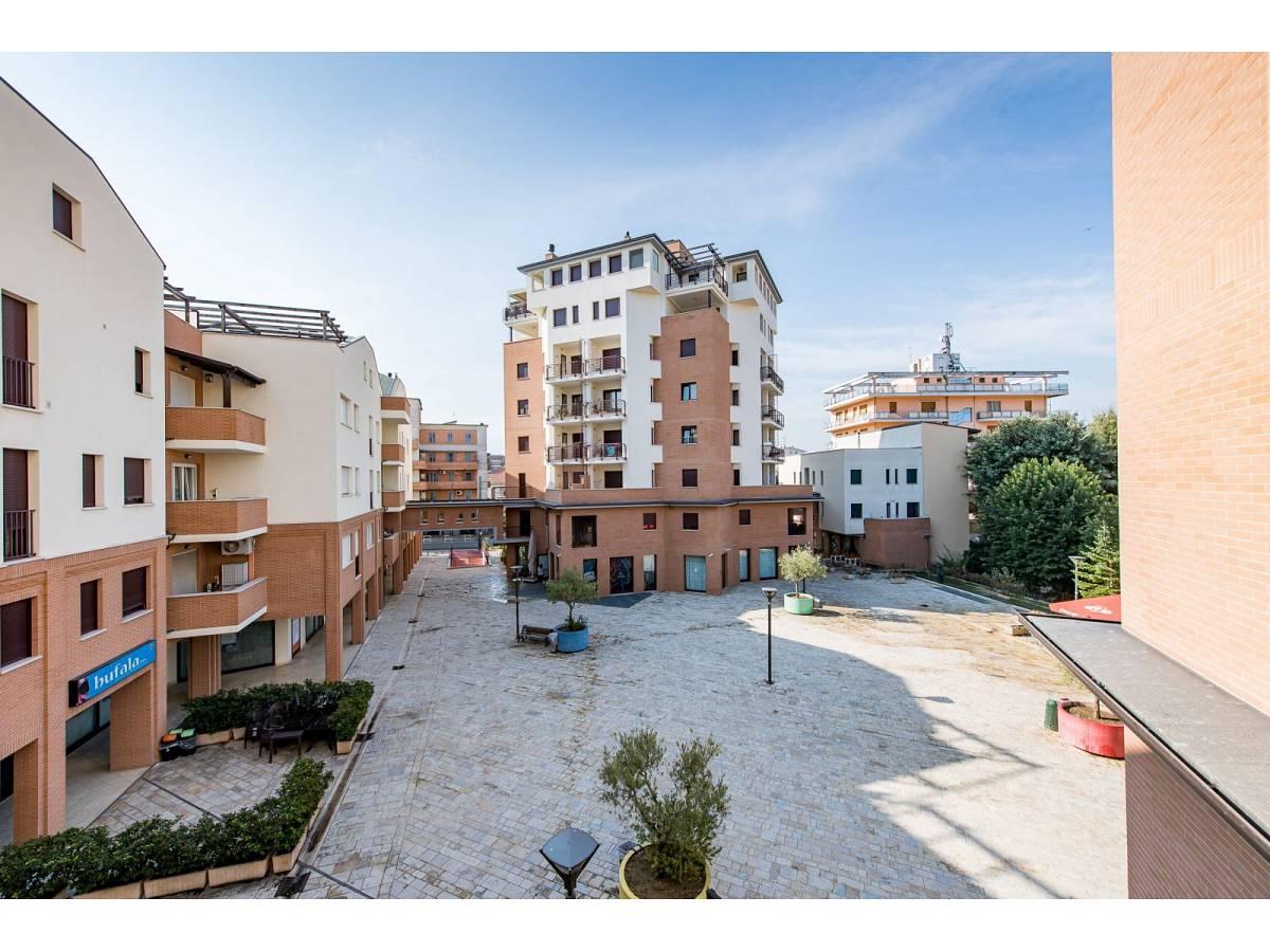 Apartment for sale in Piazzale Marconi   in Scalo Stazione-Centro area at Chieti - 5409815 foto 2