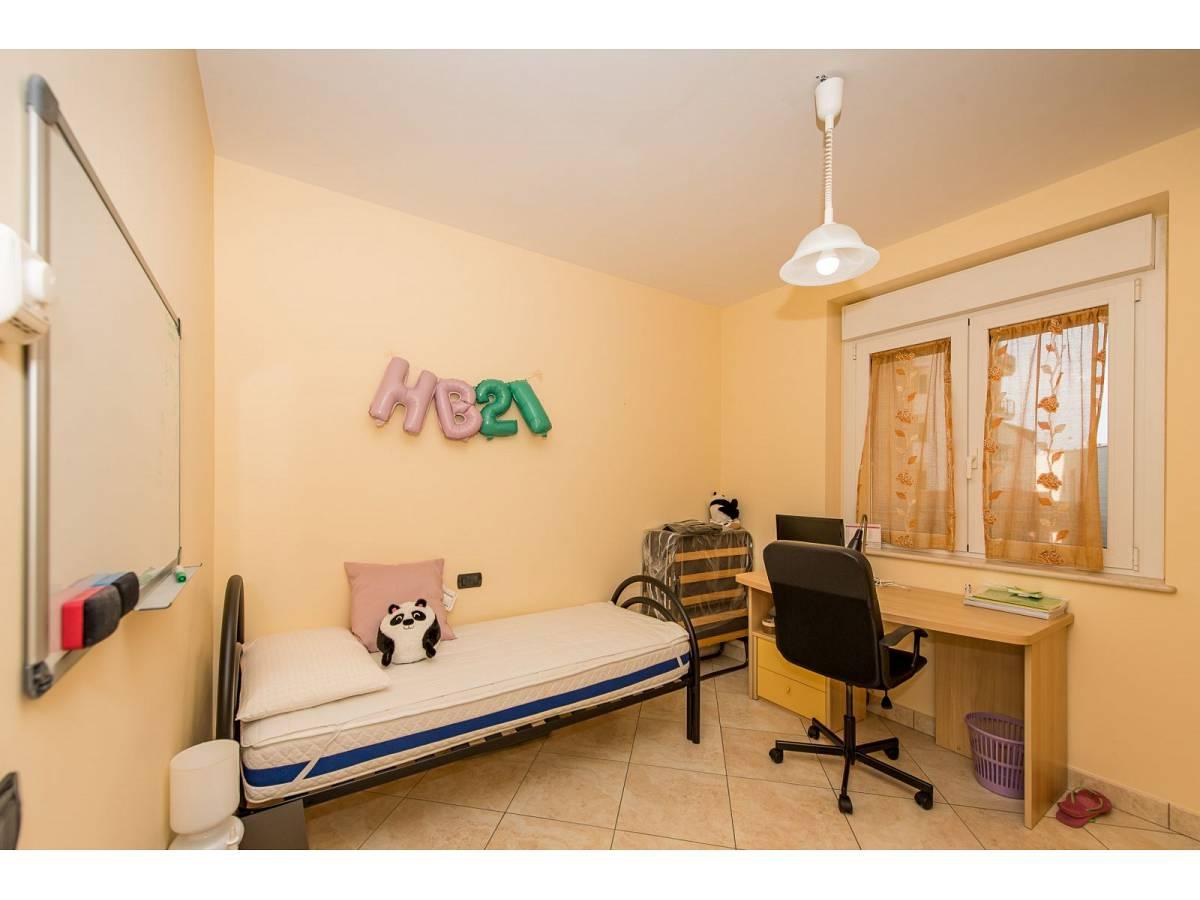 Apartment for sale in Piazzale Marconi   in Scalo Stazione-Centro area at Chieti - 5409815 foto 4