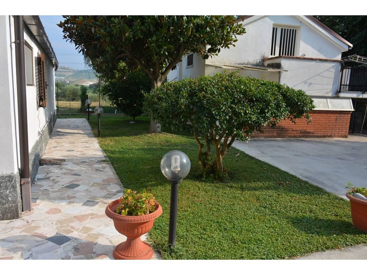 Casa indipendente in vendita in Via Giovanna D'Arco 27  a Cepagatti - 2910578 foto 6