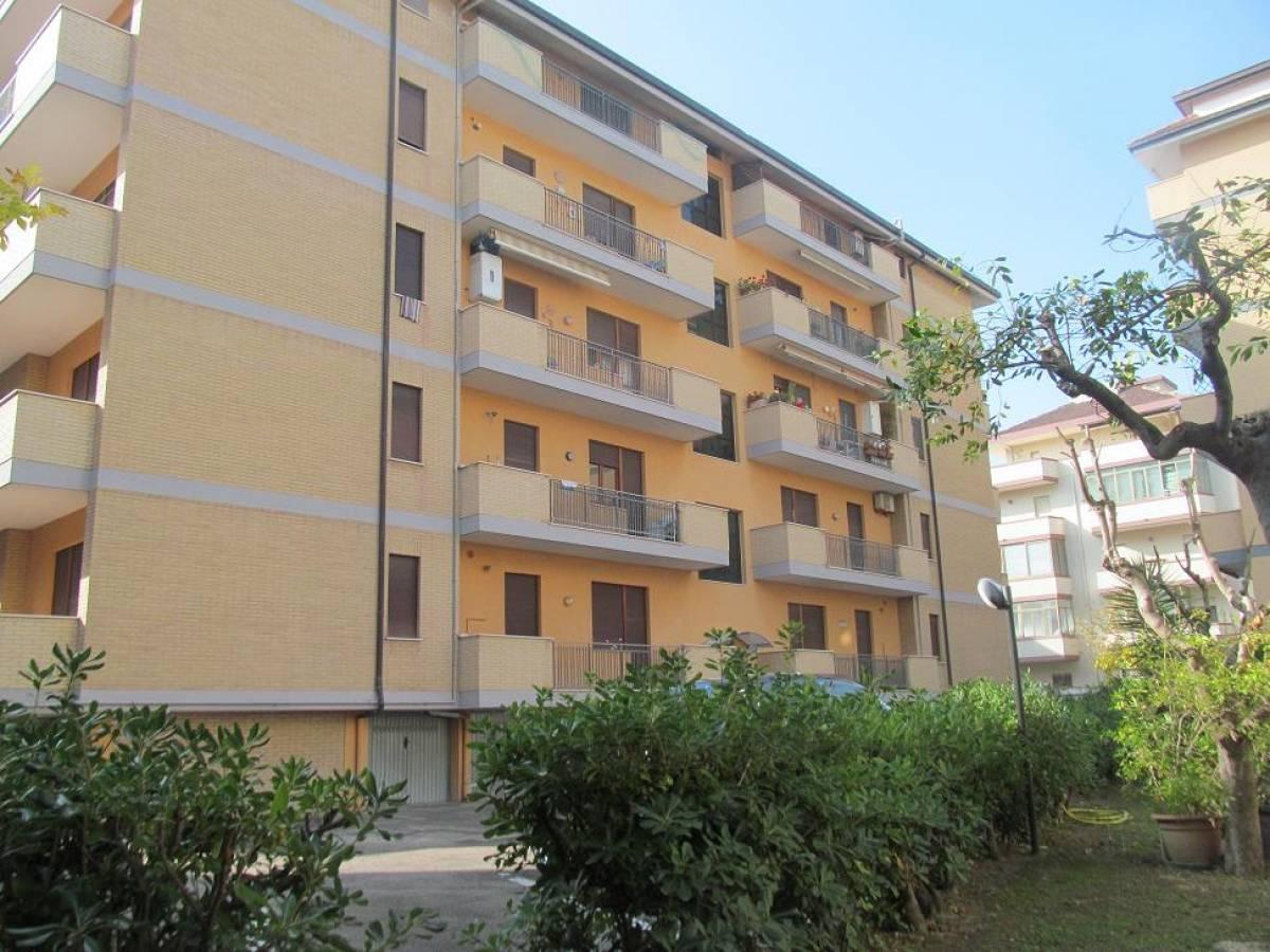 Appartamento in vendita in viale alcyone 21  a Francavilla al Mare - 5616422 foto 2