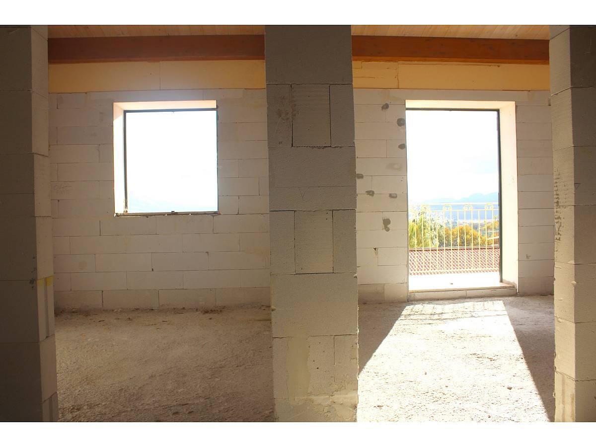 Villa a schiera in vendita in Via E. Berlinquer 26  a Loreto Aprutino - 3029384 foto 11