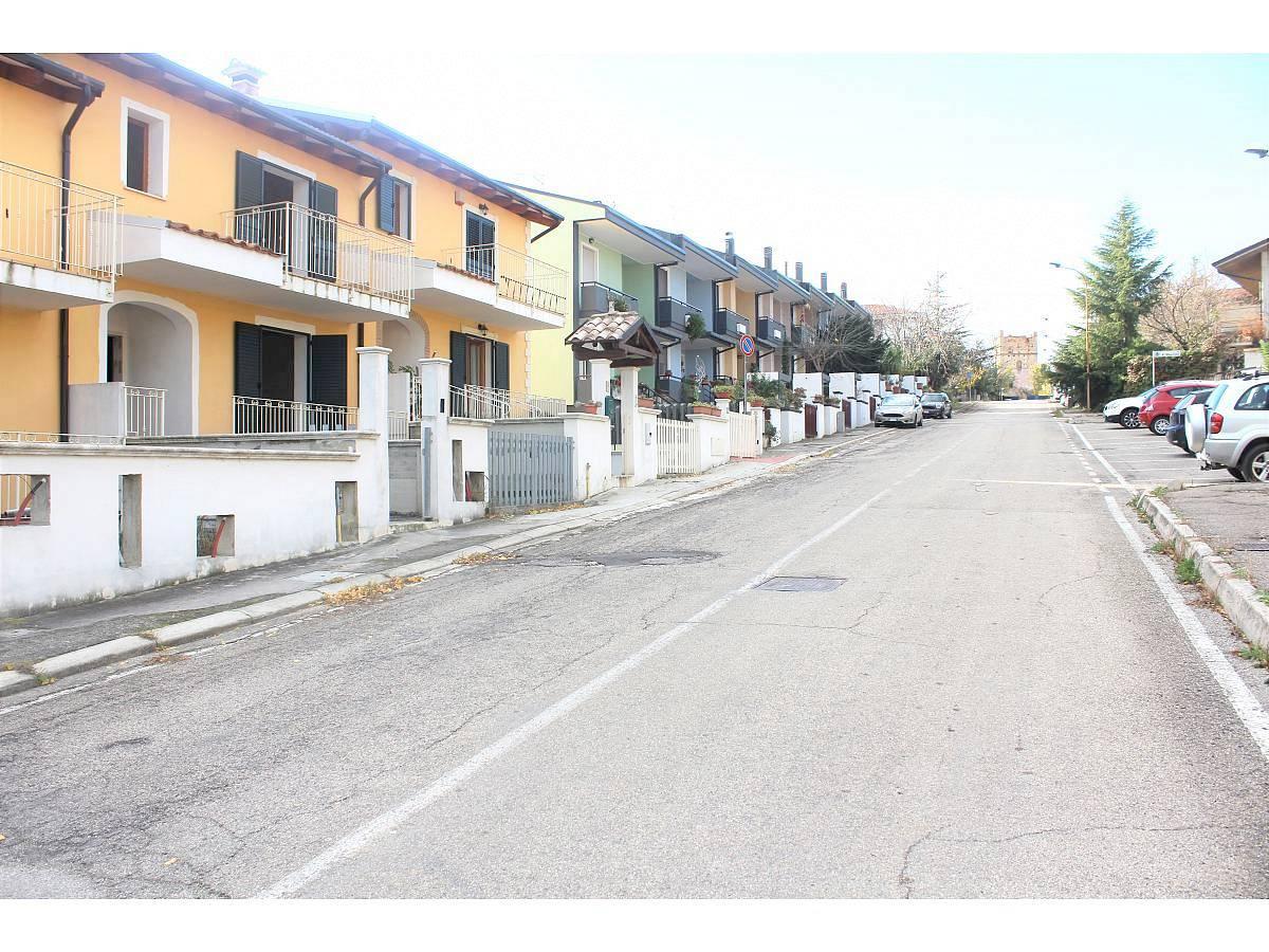 Villa a schiera in vendita in Via E. Berlinquer 26  a Loreto Aprutino - 3029384 foto 15