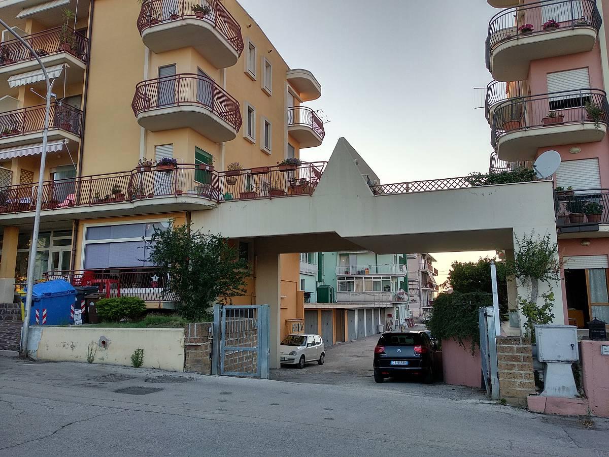 Garage for sale in Via Vittorio Bachelet  at Fossacesia - 3874011 foto 2
