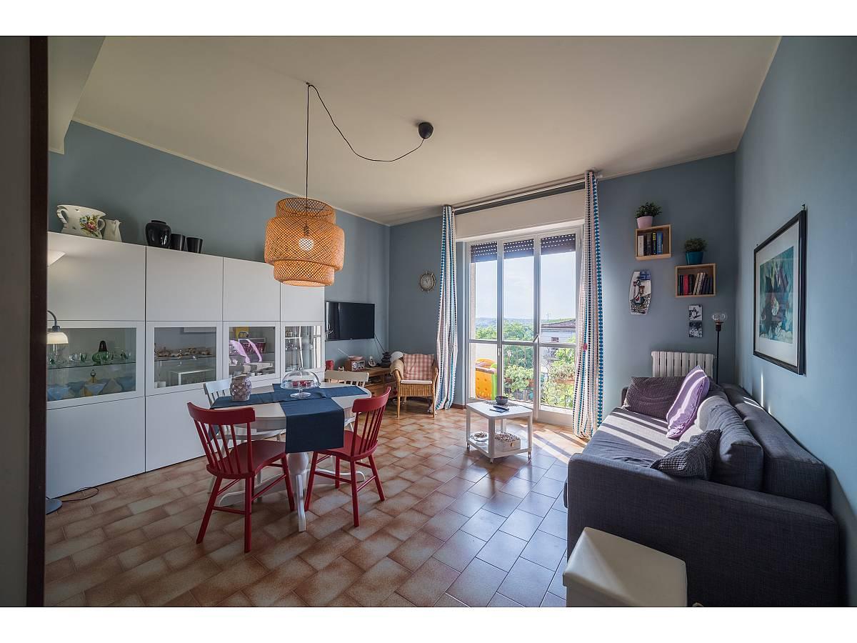 Apartment for sale in Via Croce Vecchia, 4  at Tollo - 6098186 foto 1