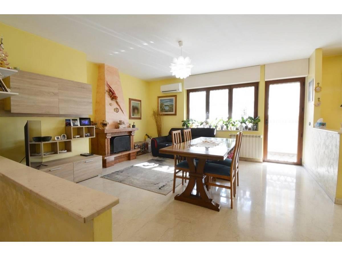 Appartamento in vendita in Via Gianni Marrone 11 zona Marina a Montesilvano - 5944278 foto 2