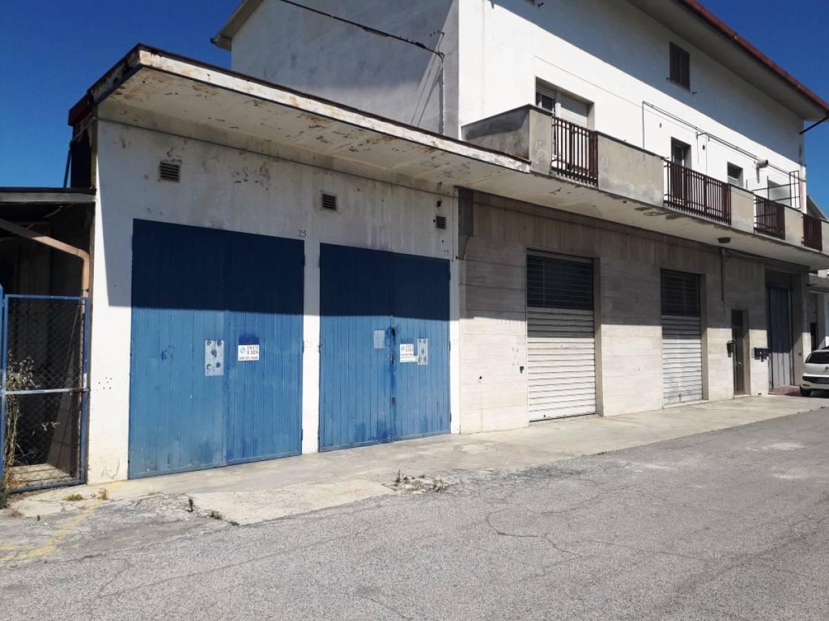 Magazzino o deposito in vendita in via penne zona Scalo Stadio - Ciapi a Chieti - 6344509 foto 1