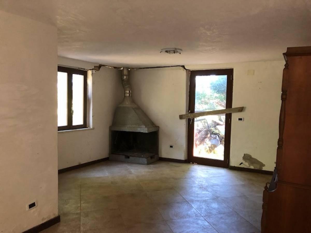 Casa indipendente in vendita in strada Peschiera zona S. Barbara a Chieti - 3098594 foto 3