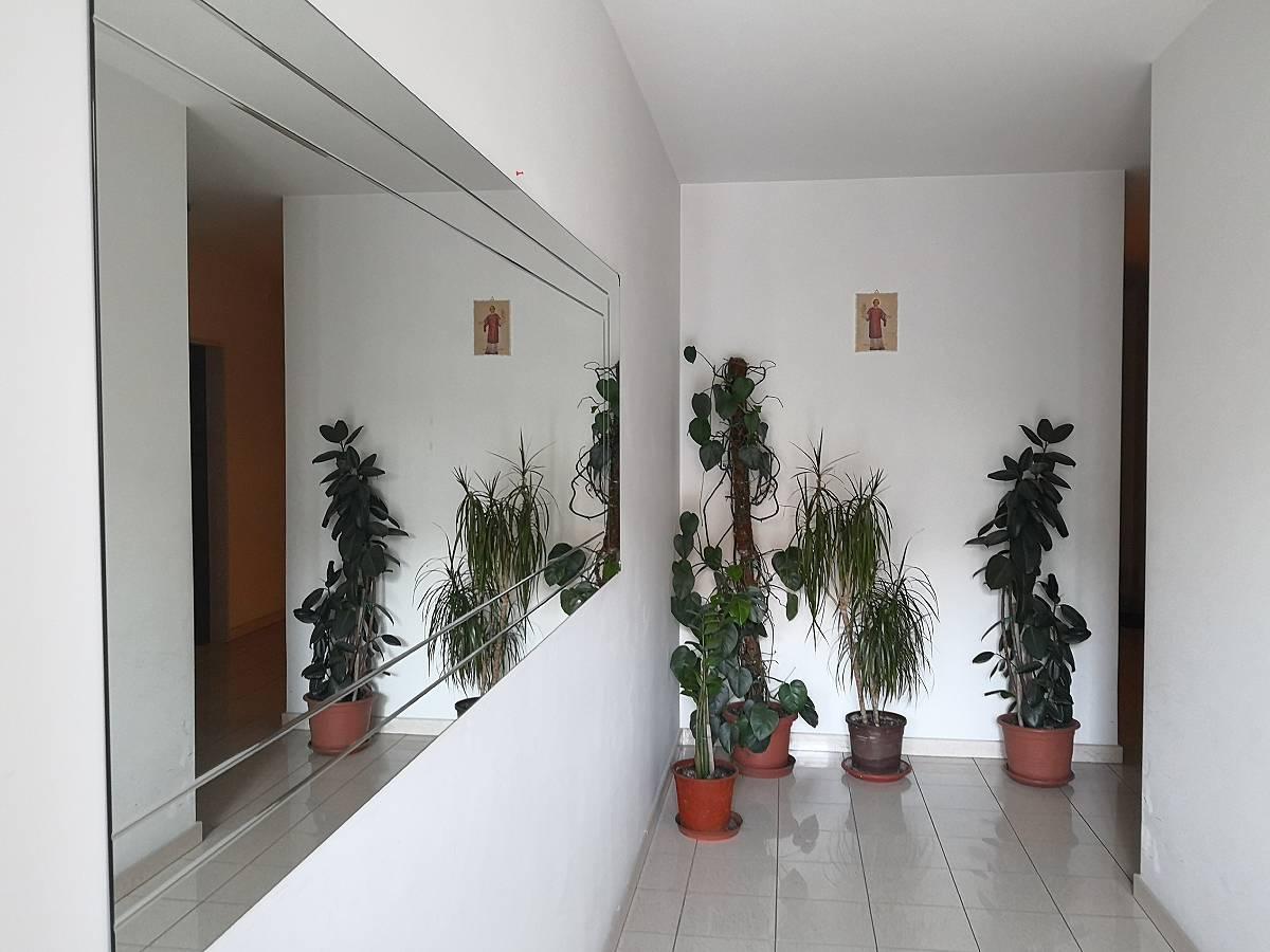 Appartamento in vendita in Via dei Tigli  a Casalincontrada - 2606692 foto 2