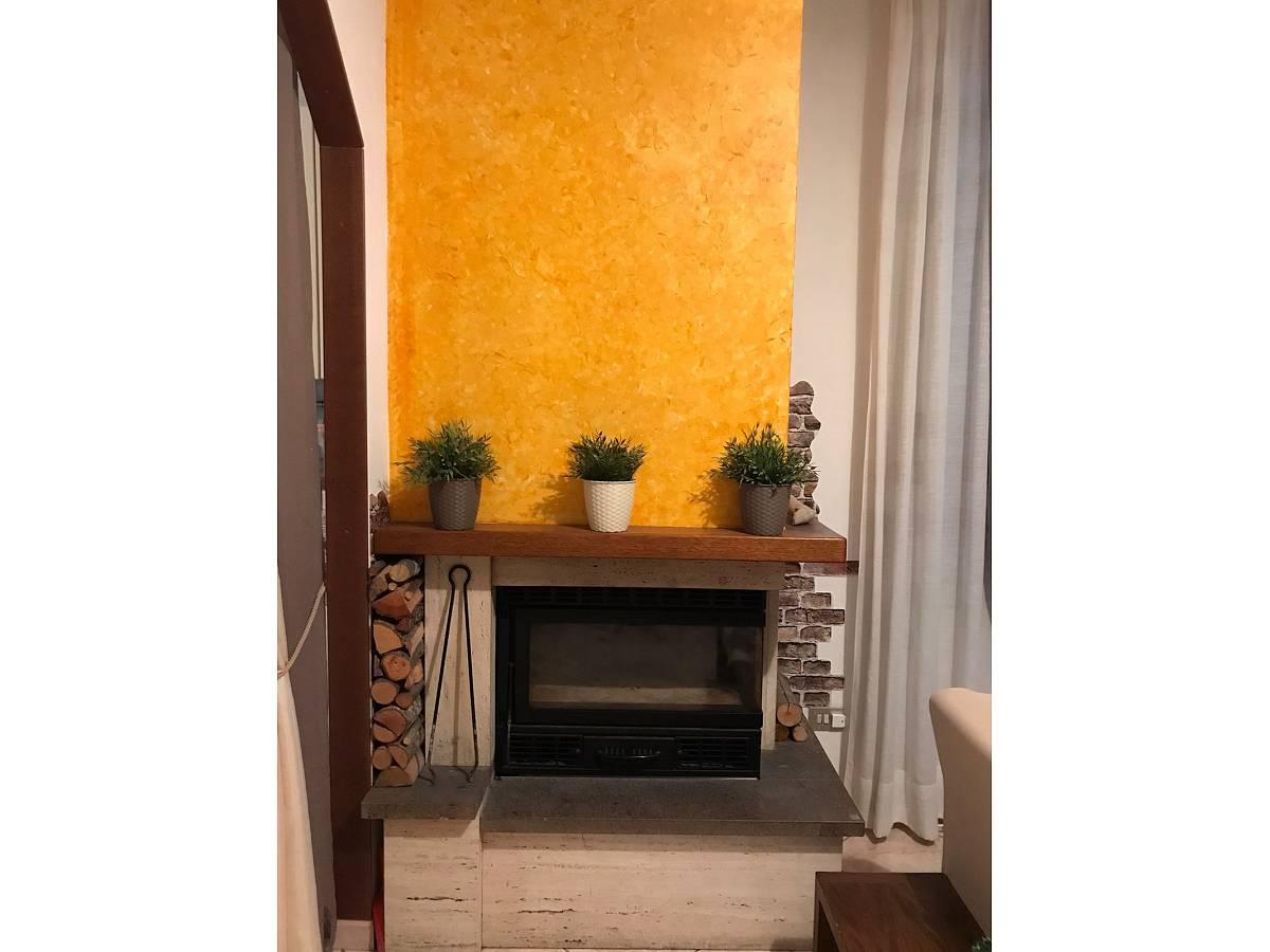 Villa a schiera in vendita in via pascoli  a Cappelle sul Tavo - 1811887 foto 3