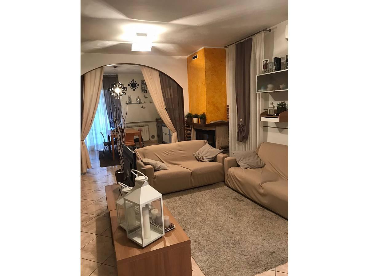 Villa a schiera in vendita in via pascoli  a Cappelle sul Tavo - 1811887 foto 5